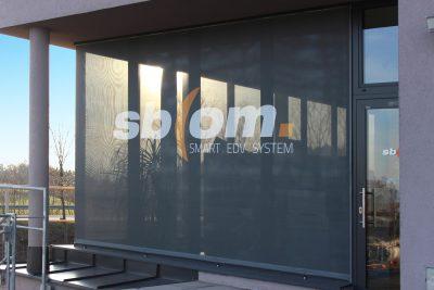 fassadenbespannung mit mesh-transparenten