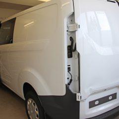 vollfolierung ford transit custom in schwarz matt