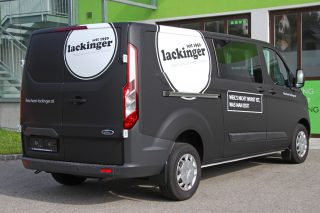 vollfolierung ford transit custom in schwarz matt