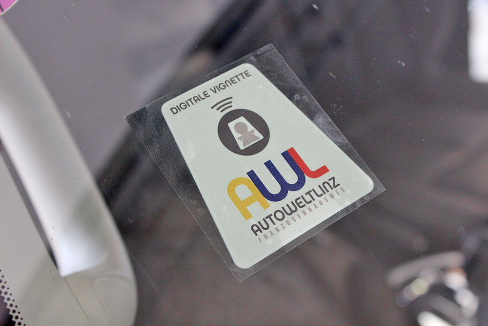digitaldruckaufkleber auf transparenter folie
