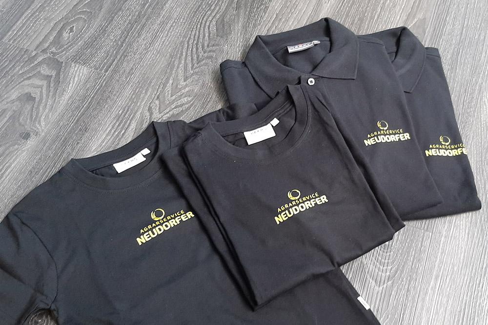bedruckte polos und t-shirts
