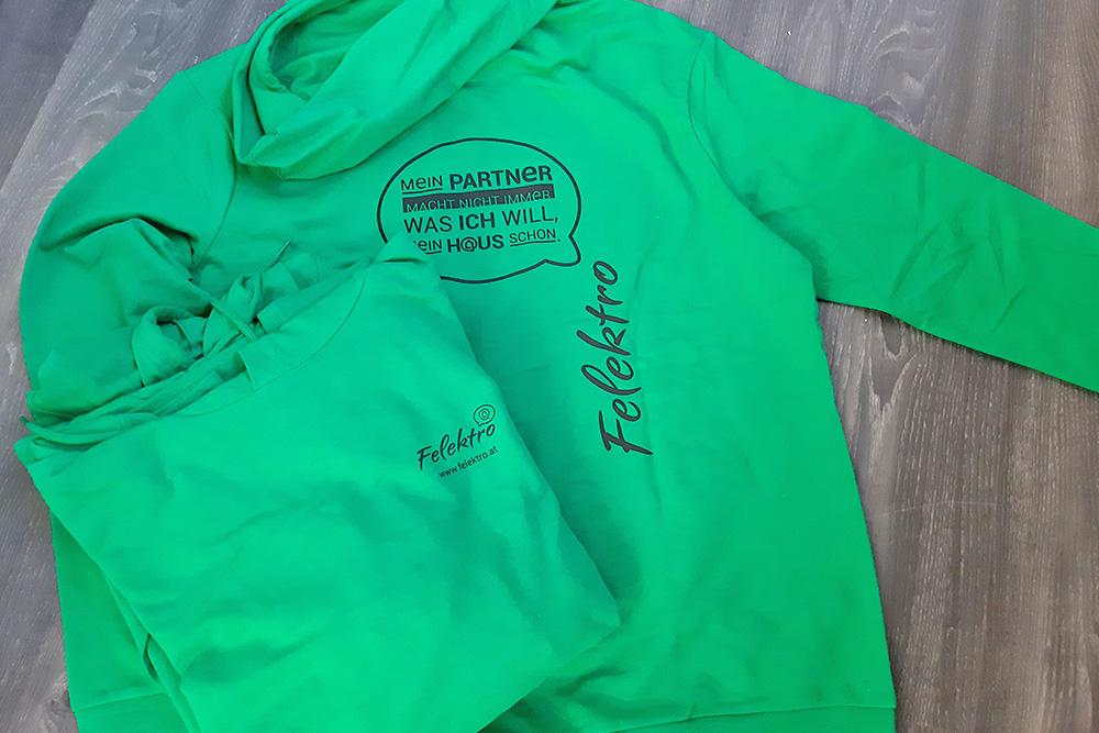 bedruckte kapuzen-sweater